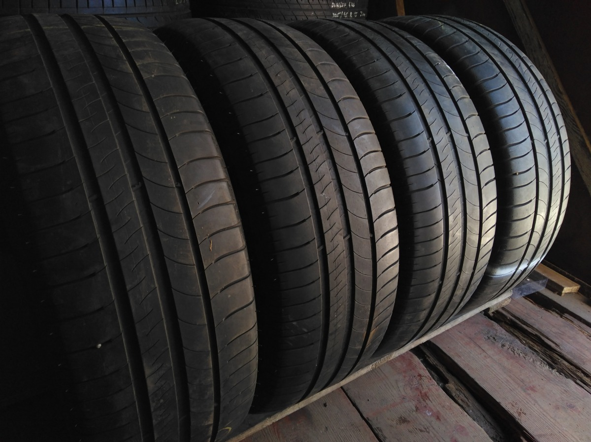 Michelin EnergySaver 215/60R 16