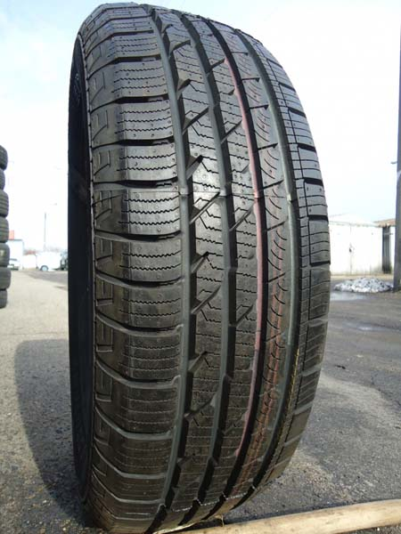 Continental CrossContact M+S 235/70R 16