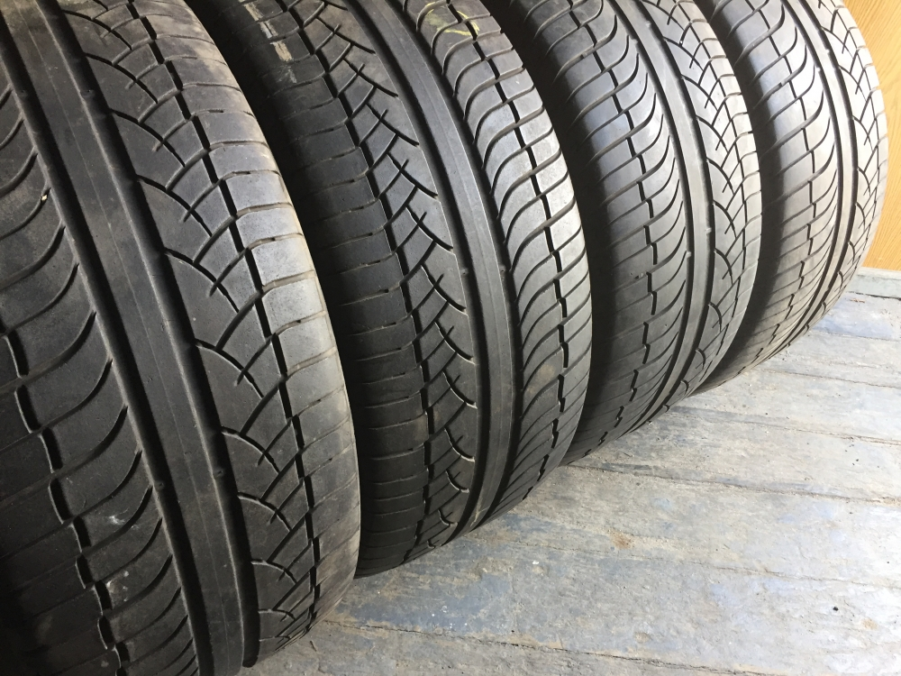 Michelin Diamaris 4x4 275/40R 20