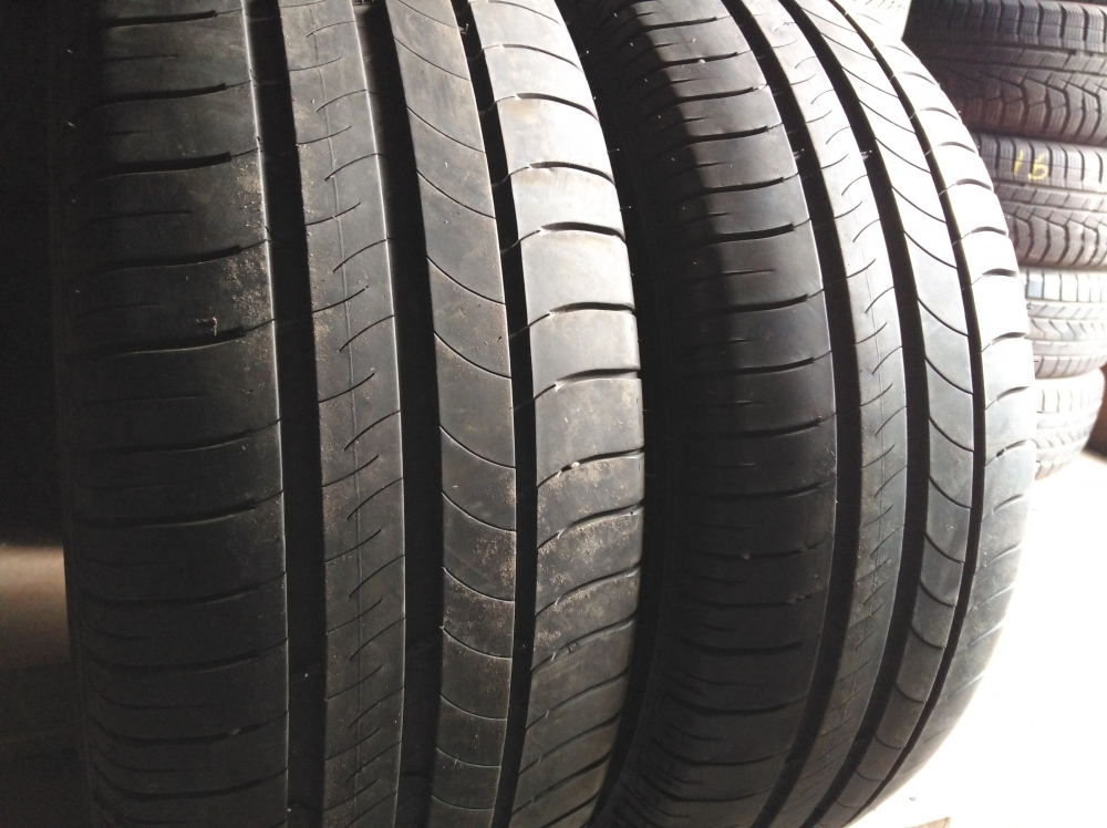 Michelin Energy  Saver 215/60R 16