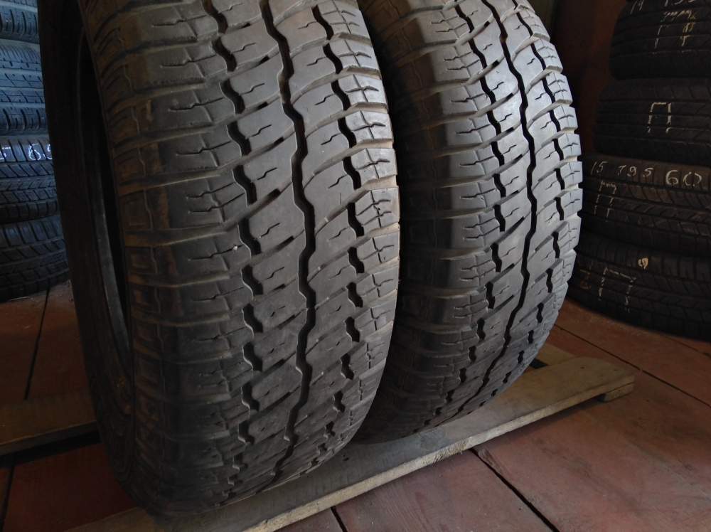 Continental Contact 215/65R 15