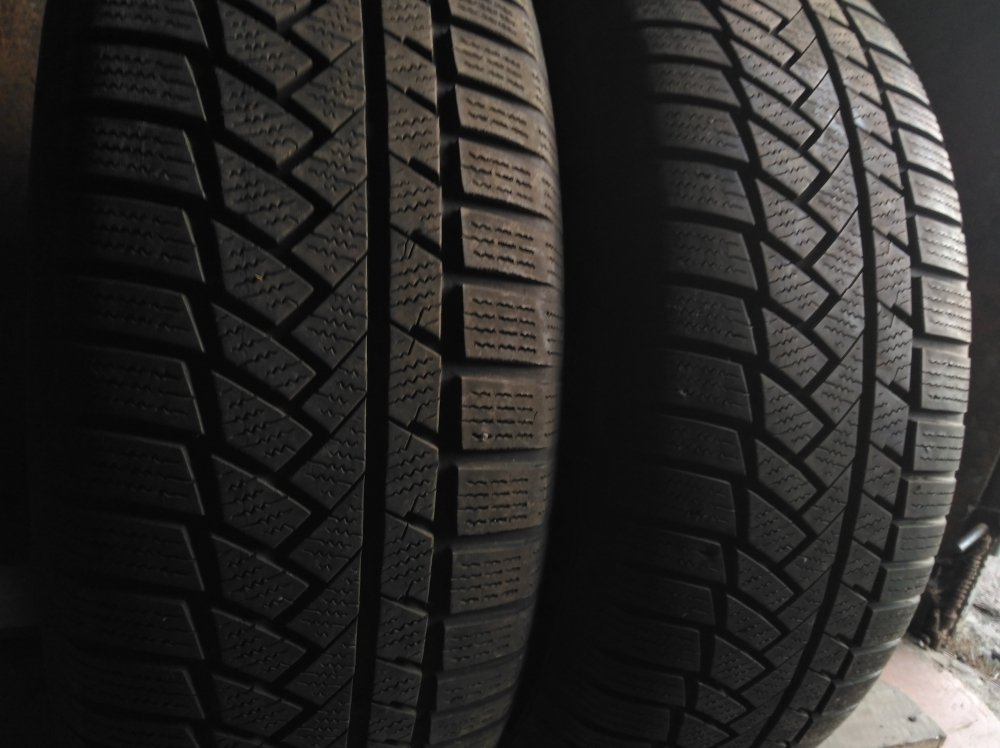 Continental Winter Contact TS 850 P 235/65R 17