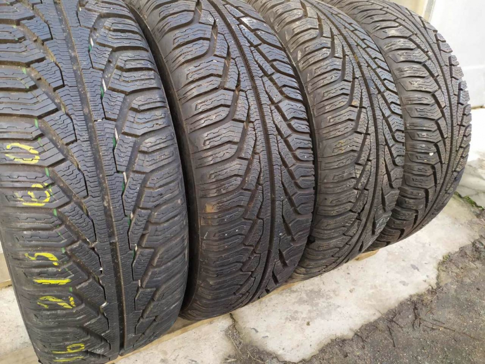 Uniroyal MS Plus 77 215/60R 16