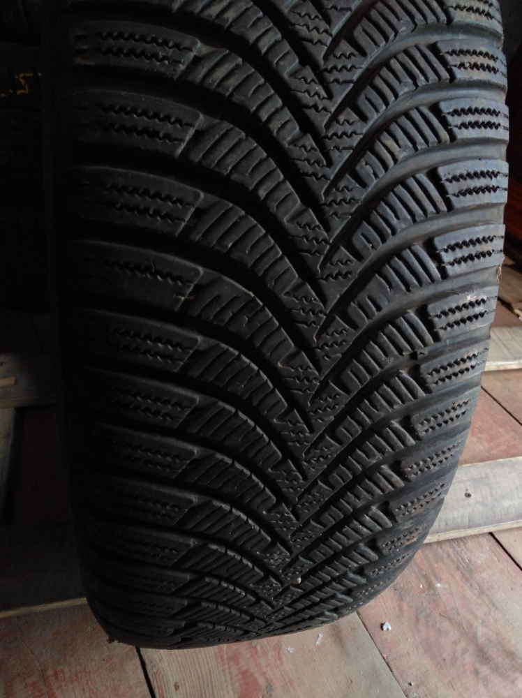 Hankook Winter I cept RS 2 215/65R 16