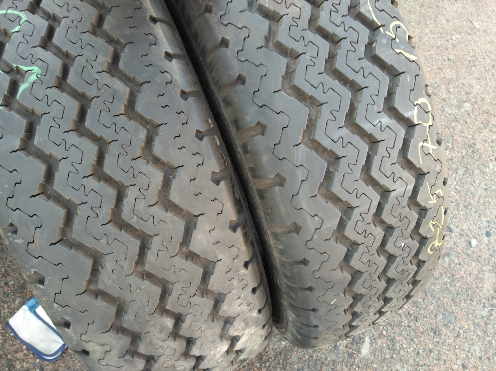 Michelin XC Camping 225/70R 15C