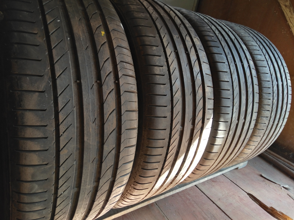 Continental Conti Sport Contact 5 245/40R 20