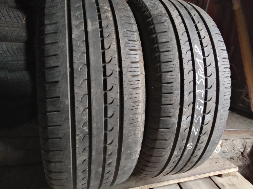 GoodYear Efficient Grip Suv 4x4 255/55R 18