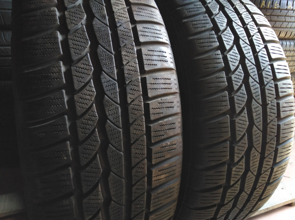 Continental WinterContact 4x4 255/50R 19
