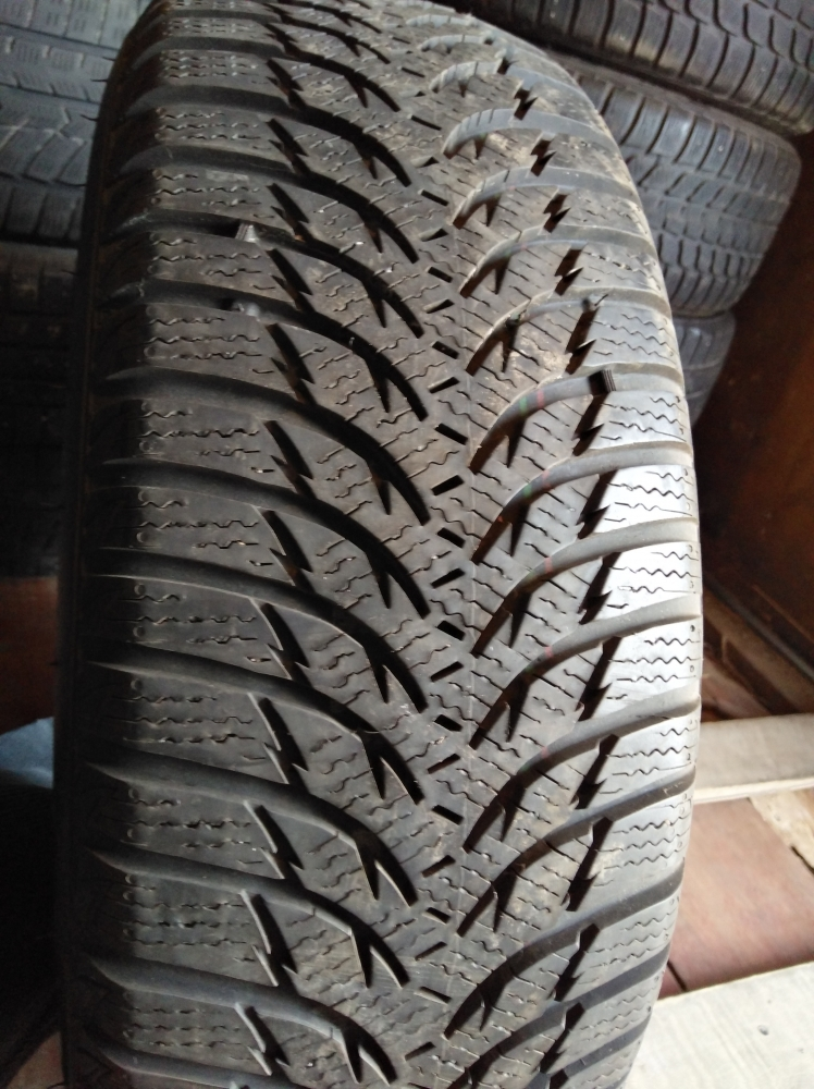 Kumho Winter Craft WP 51 205/60R 16