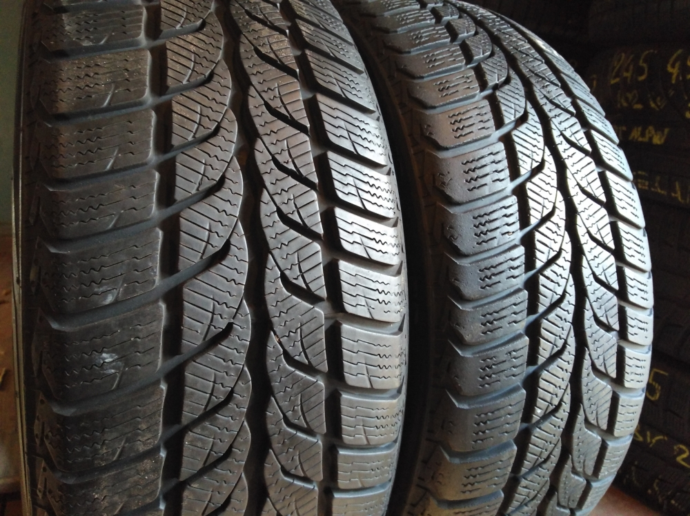 Uniroyal MS Plus 66 205/50R 17