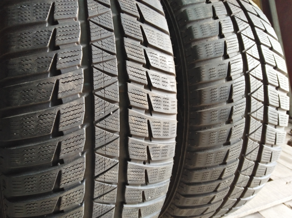 Falken HS 449 Euro Winter 245/55R 17