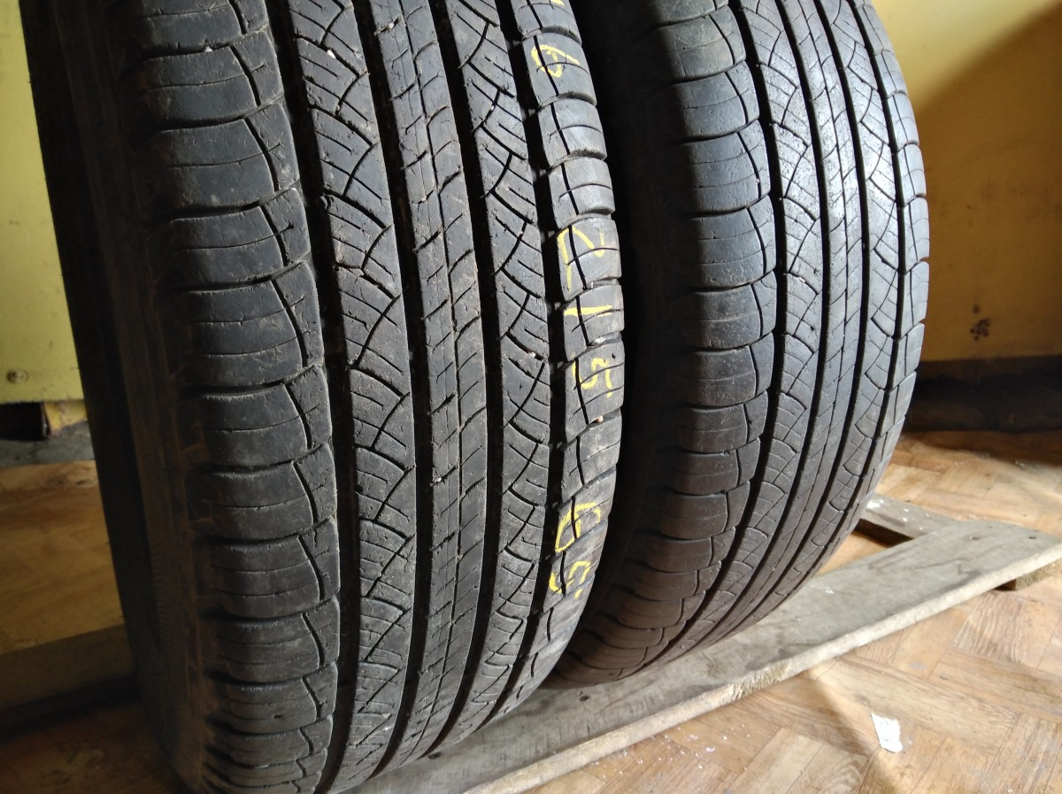 Michelin Latitude Tour HP 215/65R 16