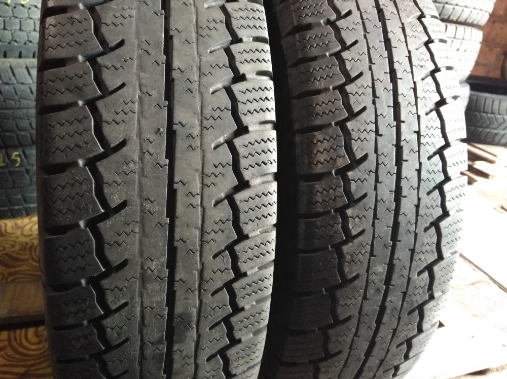 Continental Vanco Winter 185/75R 16C