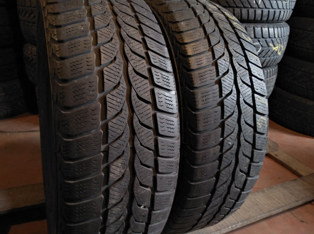 Uniroyal MS Plus 66 205/60R 16