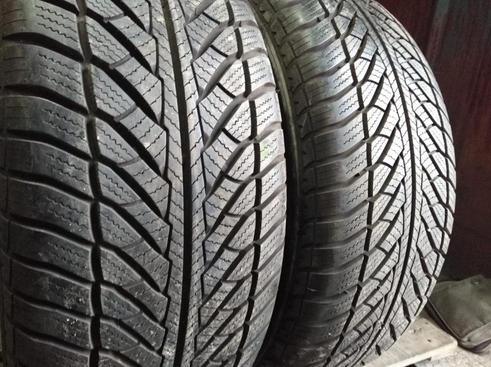 GoodYear Ultra Grip Wrangler 255/55R 18