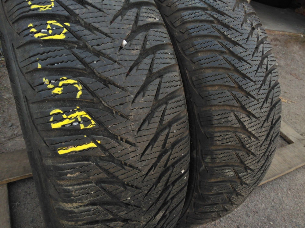 GoodYear Ultra Grip 8 185/60R 15