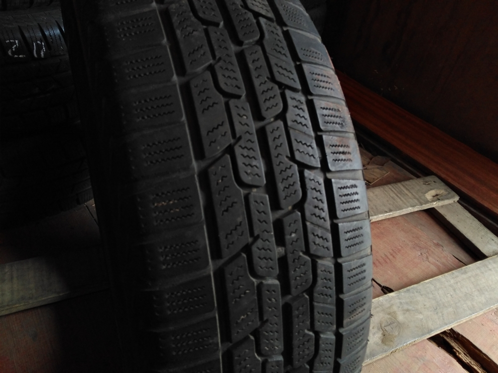 Firestone Winter Hawk 2 185/60R 15