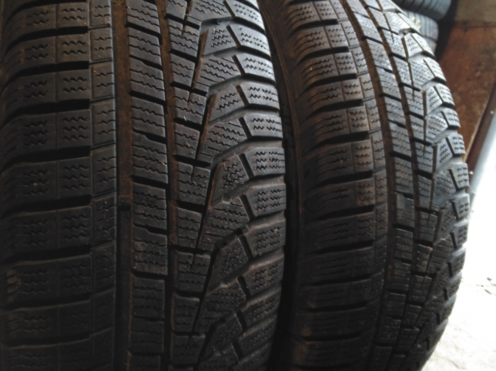 Hankook Winter Icept evo 2 225/70R 16