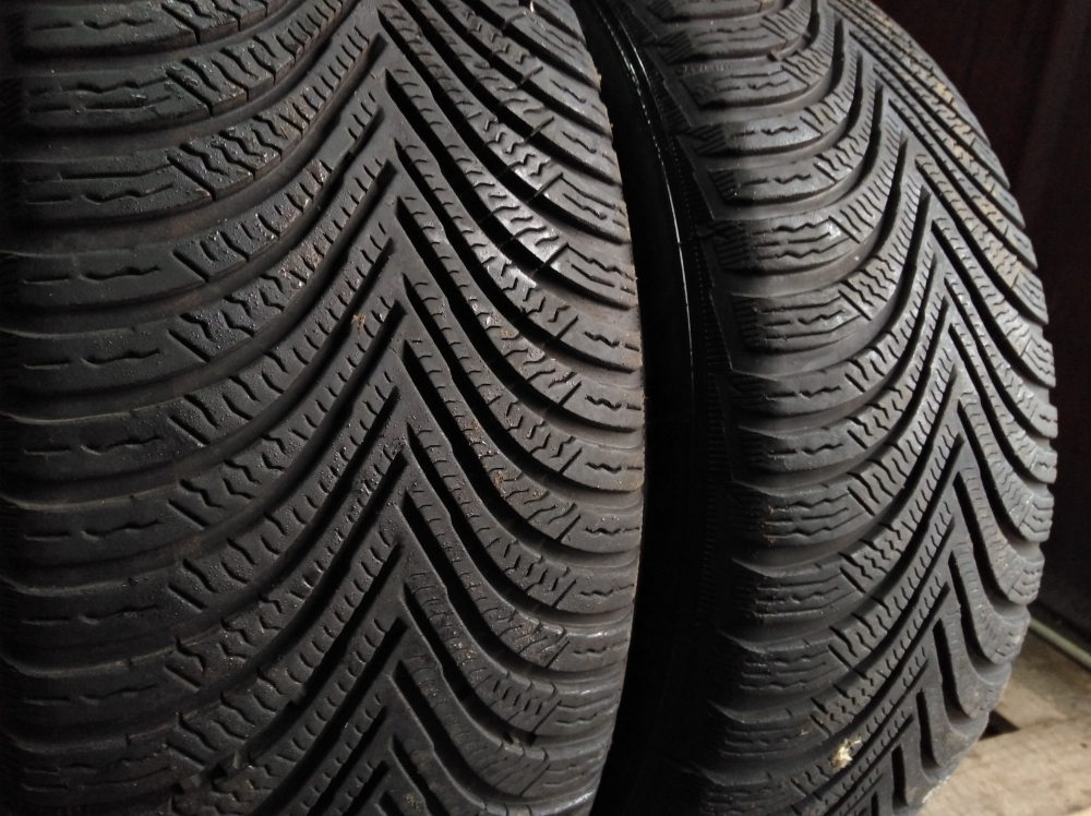 Michelin Alpin 5 205/50R 17