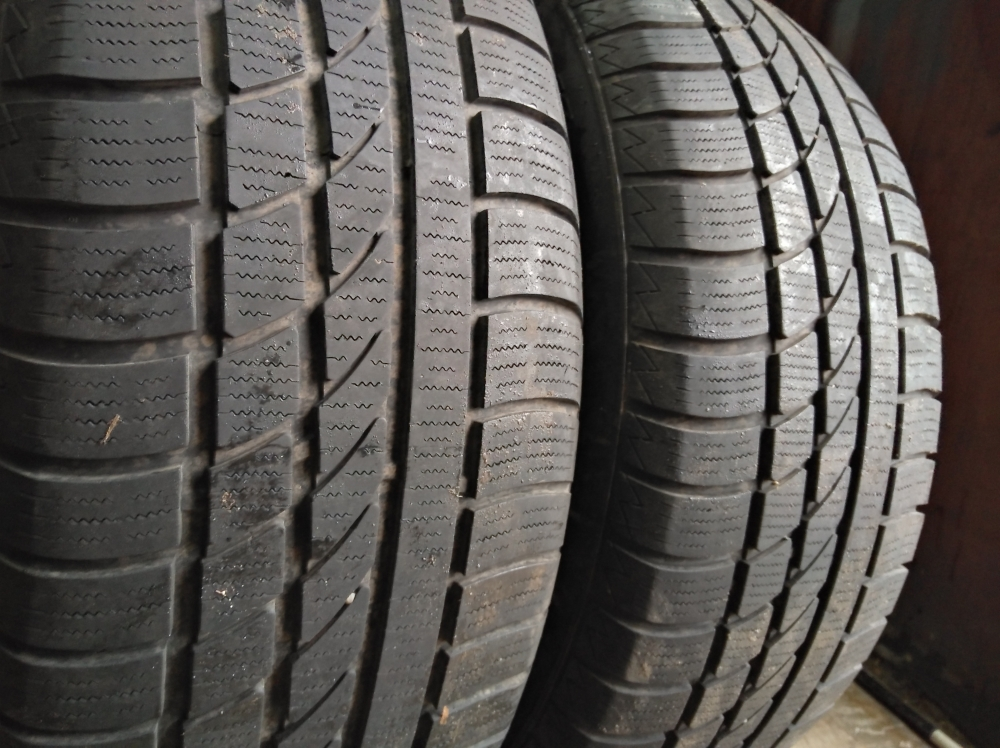 Hankook Ice Beer W 300 225/60R 17