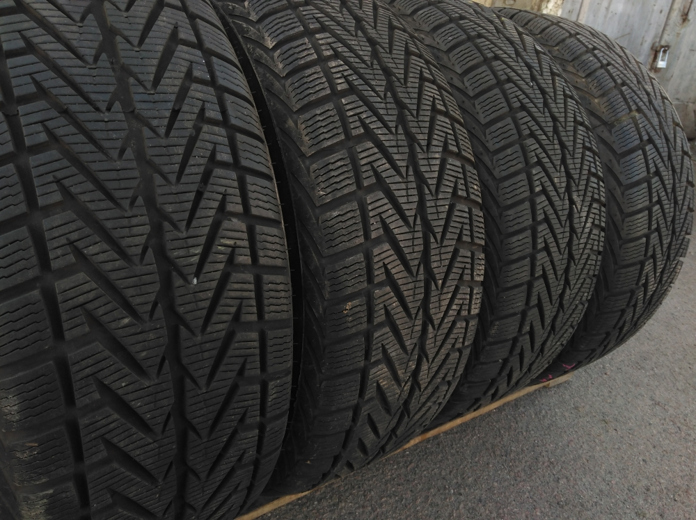 Dunlop SP Winter Sport 3D 235/55R 18