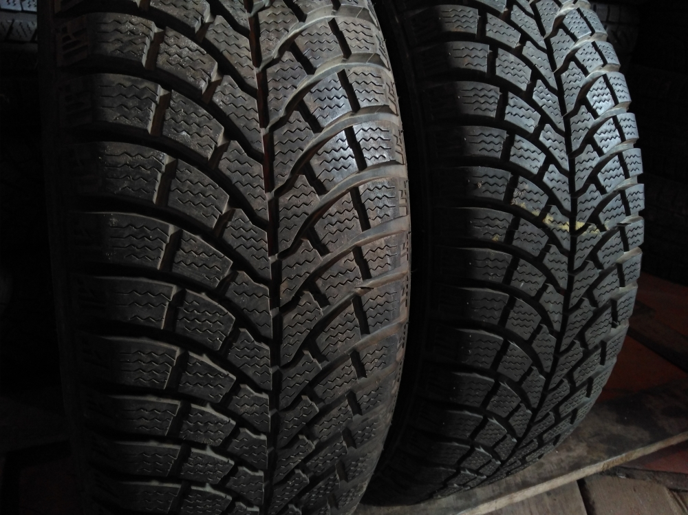 Firestone FW 930 winter 205/65R 15