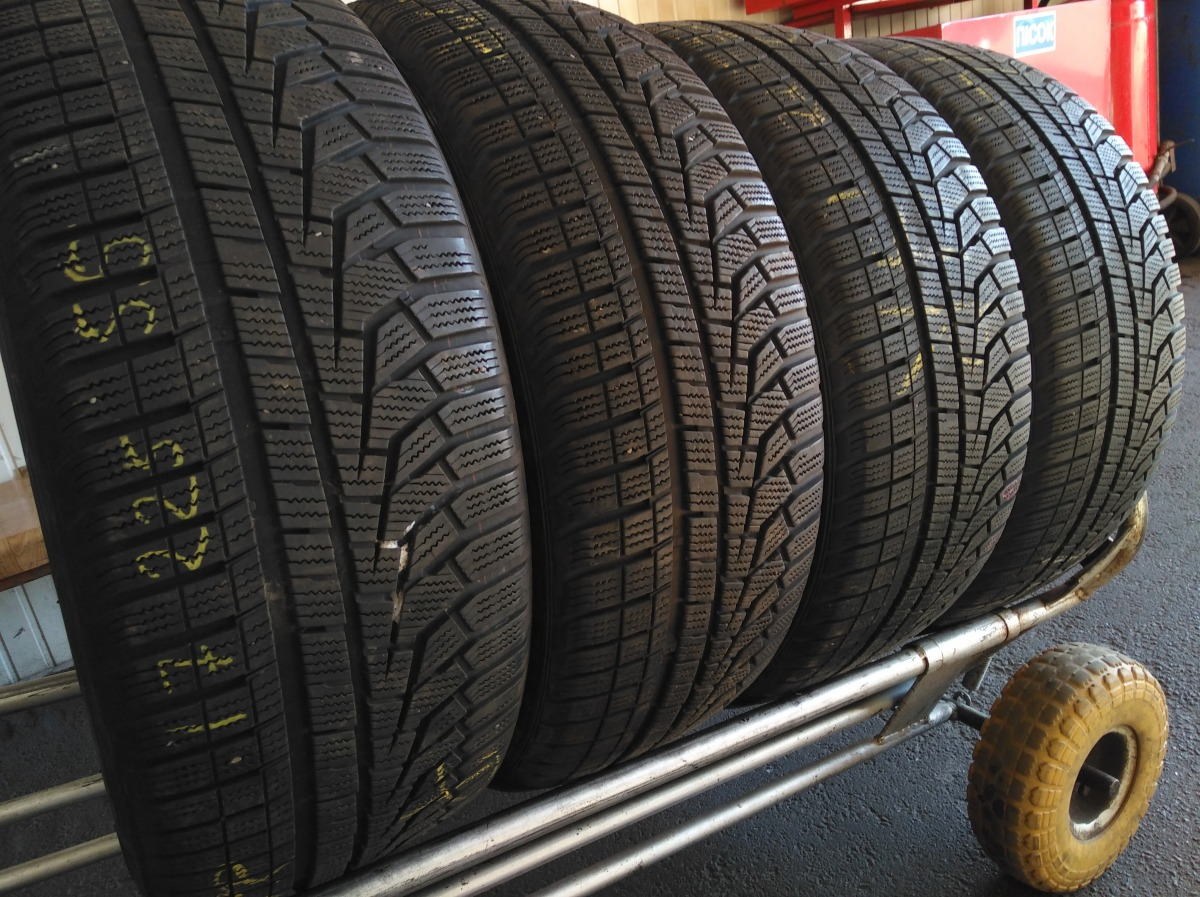 Hankook Winter I cept evo 2. 225/55R 17