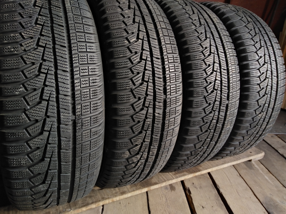 Hankook Winter I cept evo 2 215/60R 17