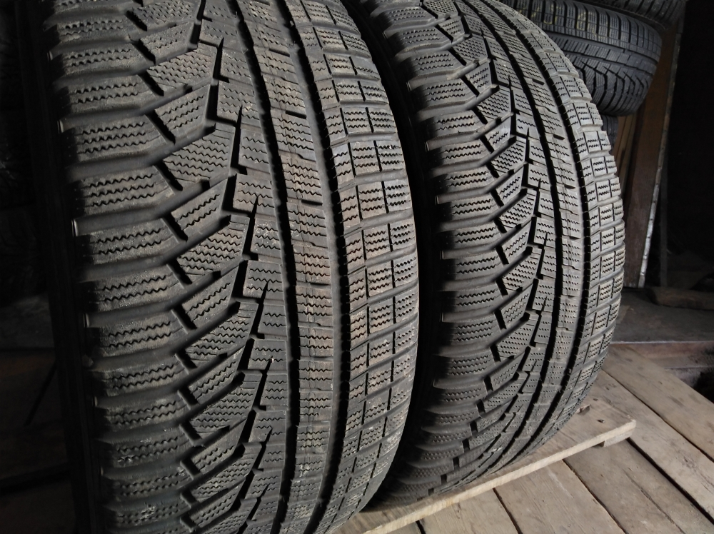 Hankook Winter I`cept EVO 2 255/45R 18
