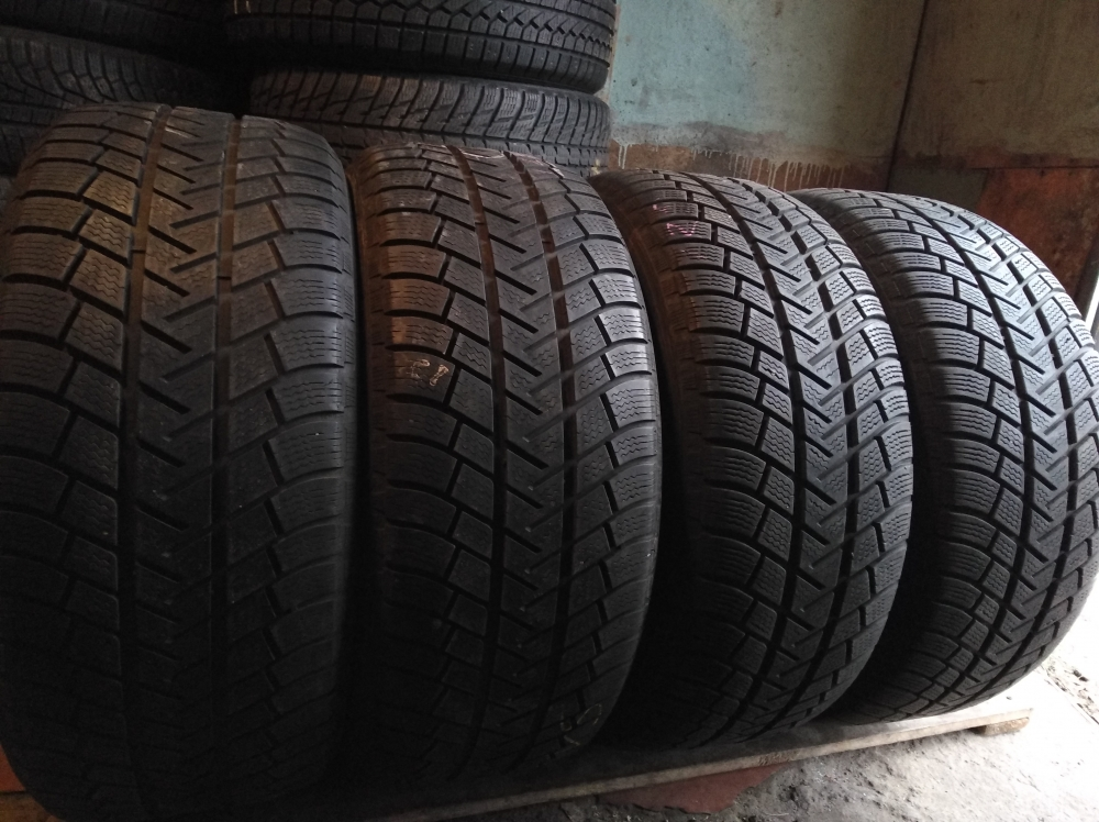 Michelin Latitude Alpin 255/50R 19