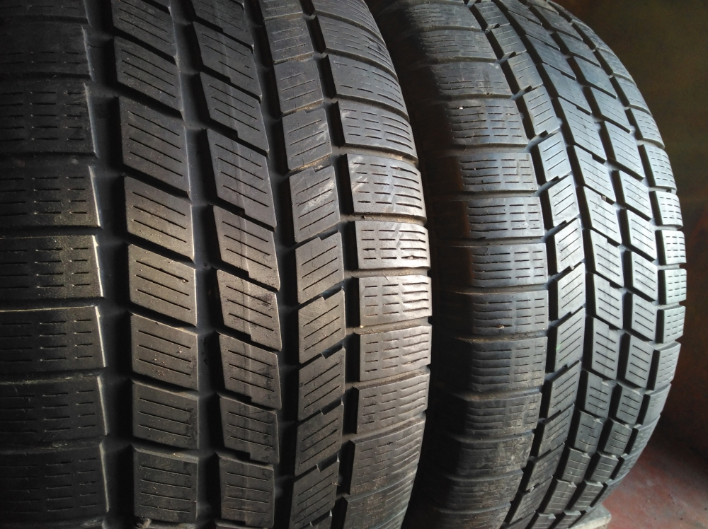 Pirelli Winter 240 Snow Sport 255/45R 18