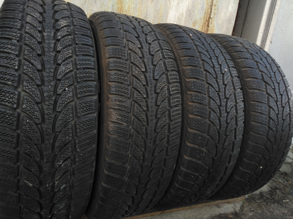 Roadstone Eco Snow SUV 225/70R 16