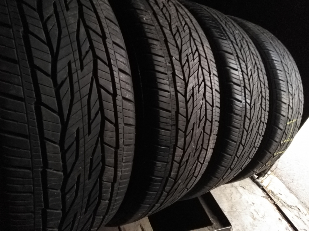 Continental ContiCrossContact LX 2 225/55R 18