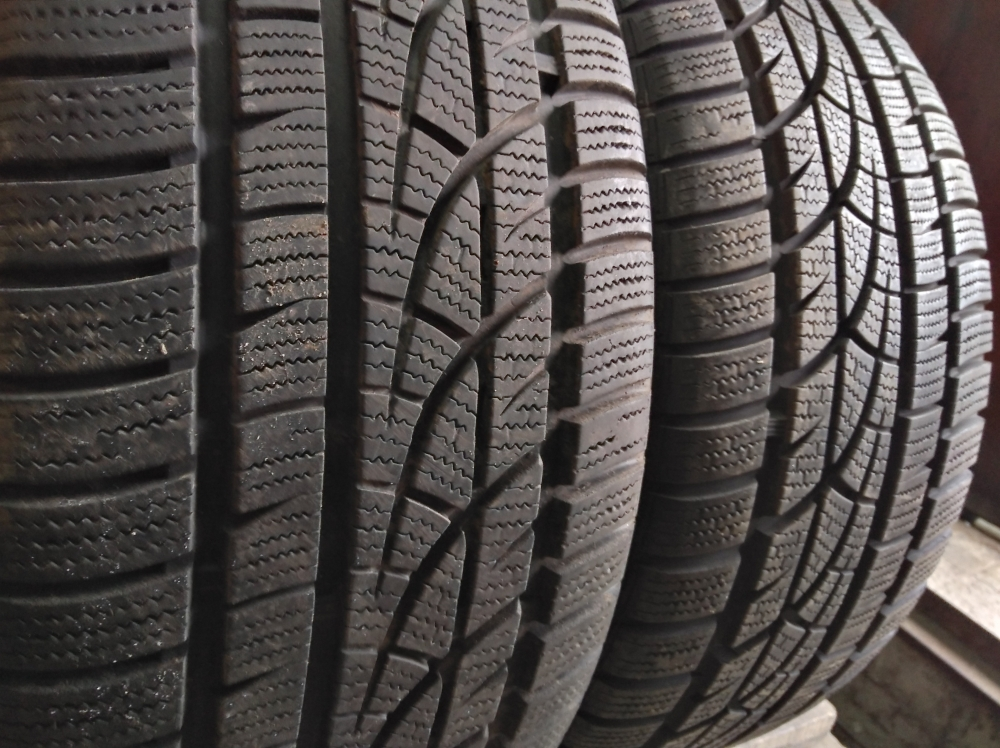 Hankook Winter I cept evo 235/45R 17