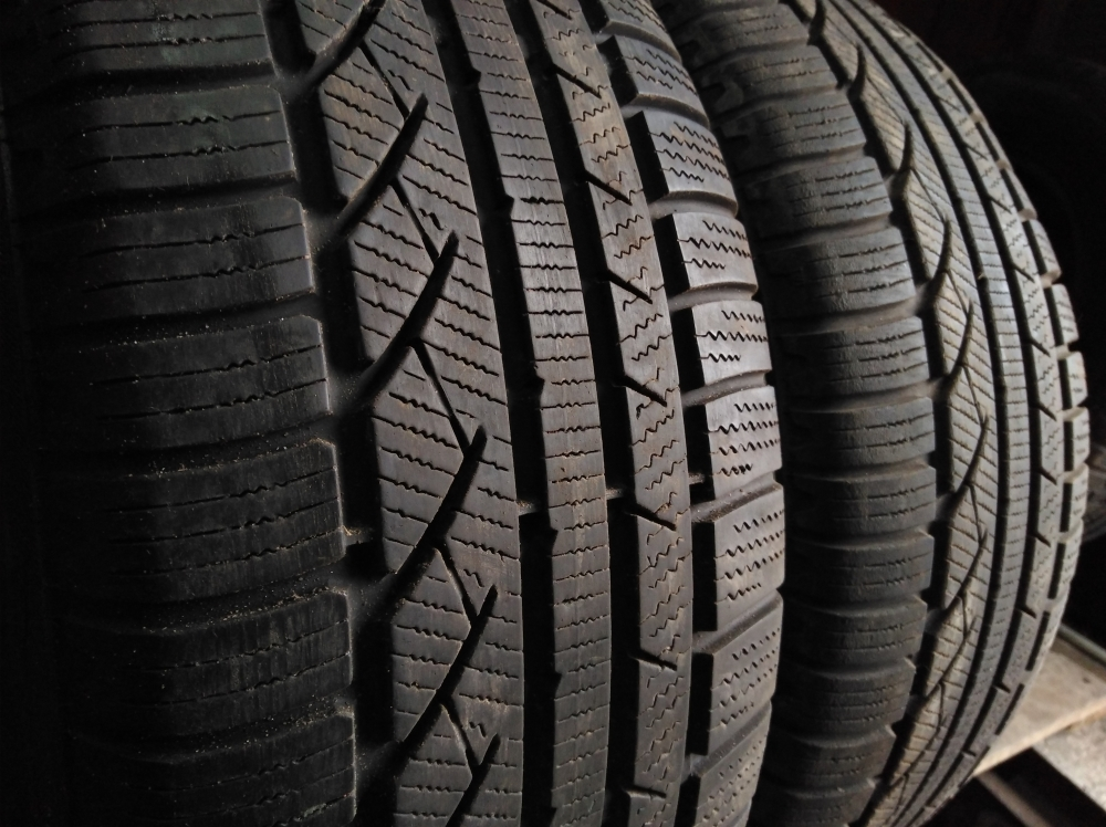 Continental ContiWinterContact TS 810 . 225/55R 16