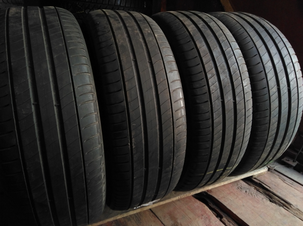 Michelin Primacy 3. 225/55R 18