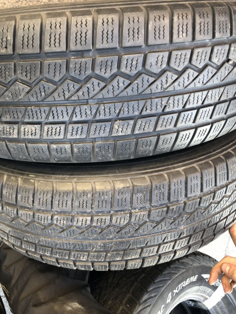 Toyo Open Country 225/75R 16