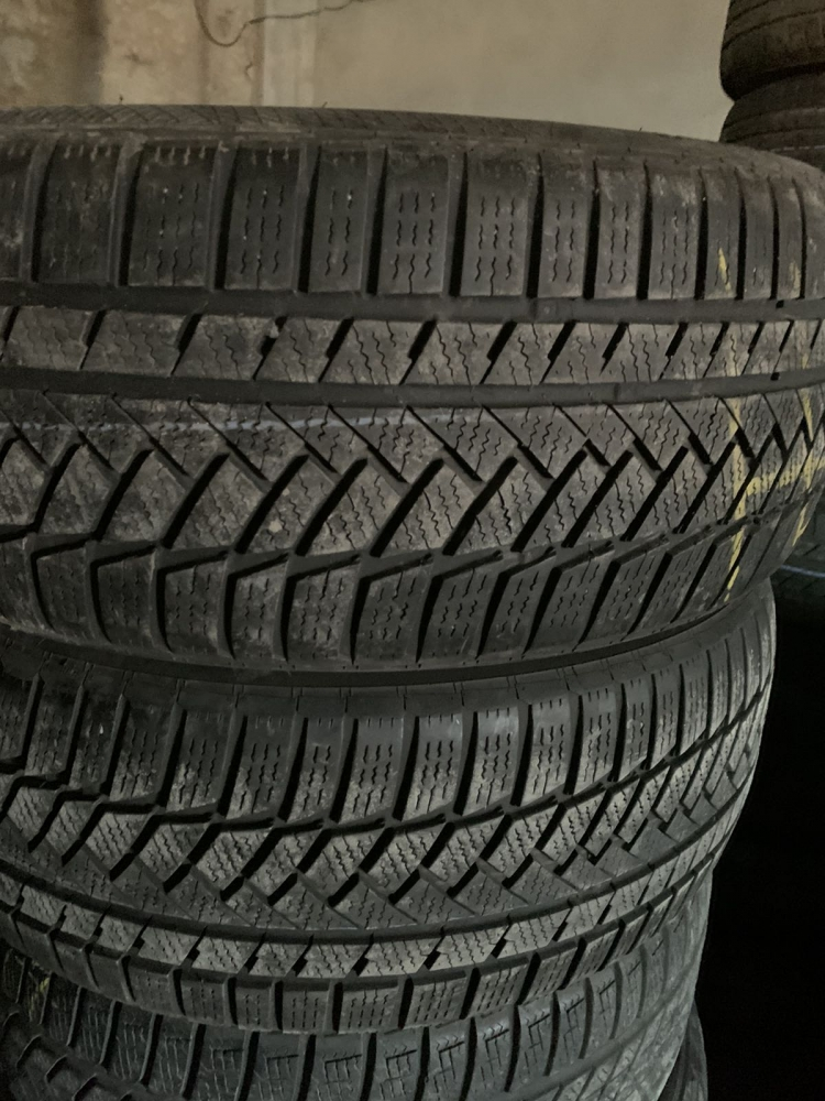 Continental ContiWinterContact TS 850 215/50R 17