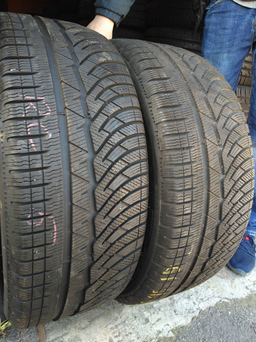 Michelin Pilot  Alpin 235/45R 19
