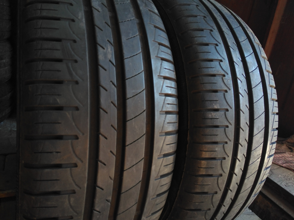 Goodyear Efficient Grip 195/45R 16