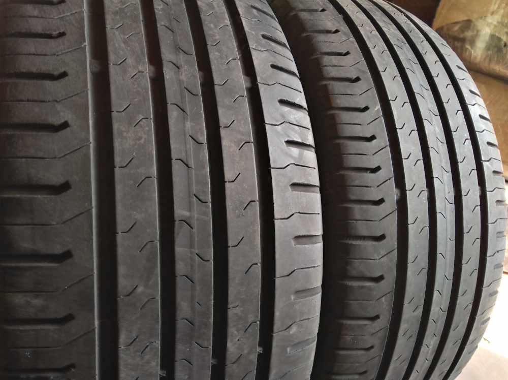 Continental CntiEcoContact 5 215/45R 17