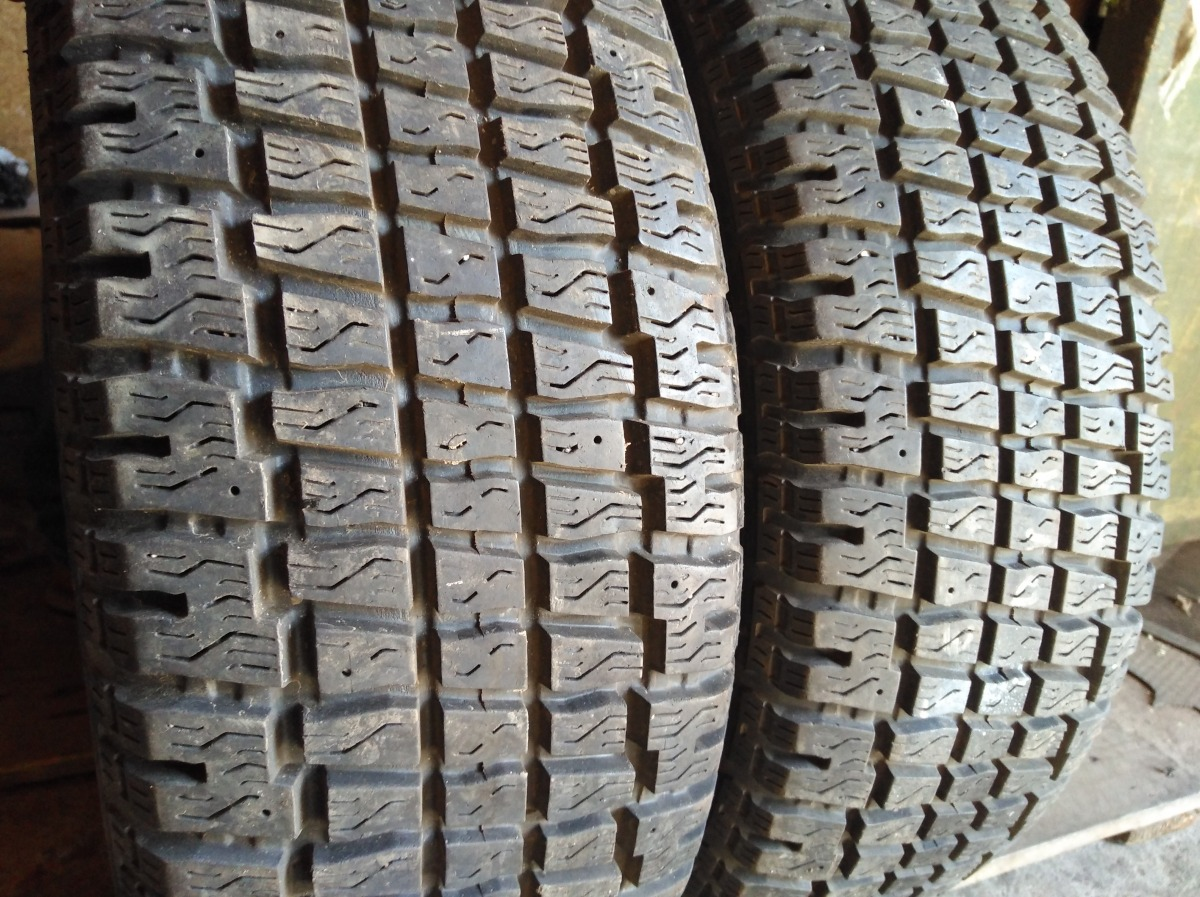 Cooper Weather Master S/T 215/60R 16