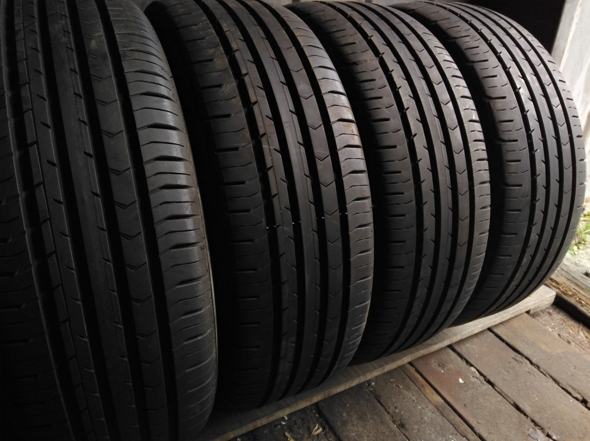Continental ContiPremiumContact 5 205/55R 17