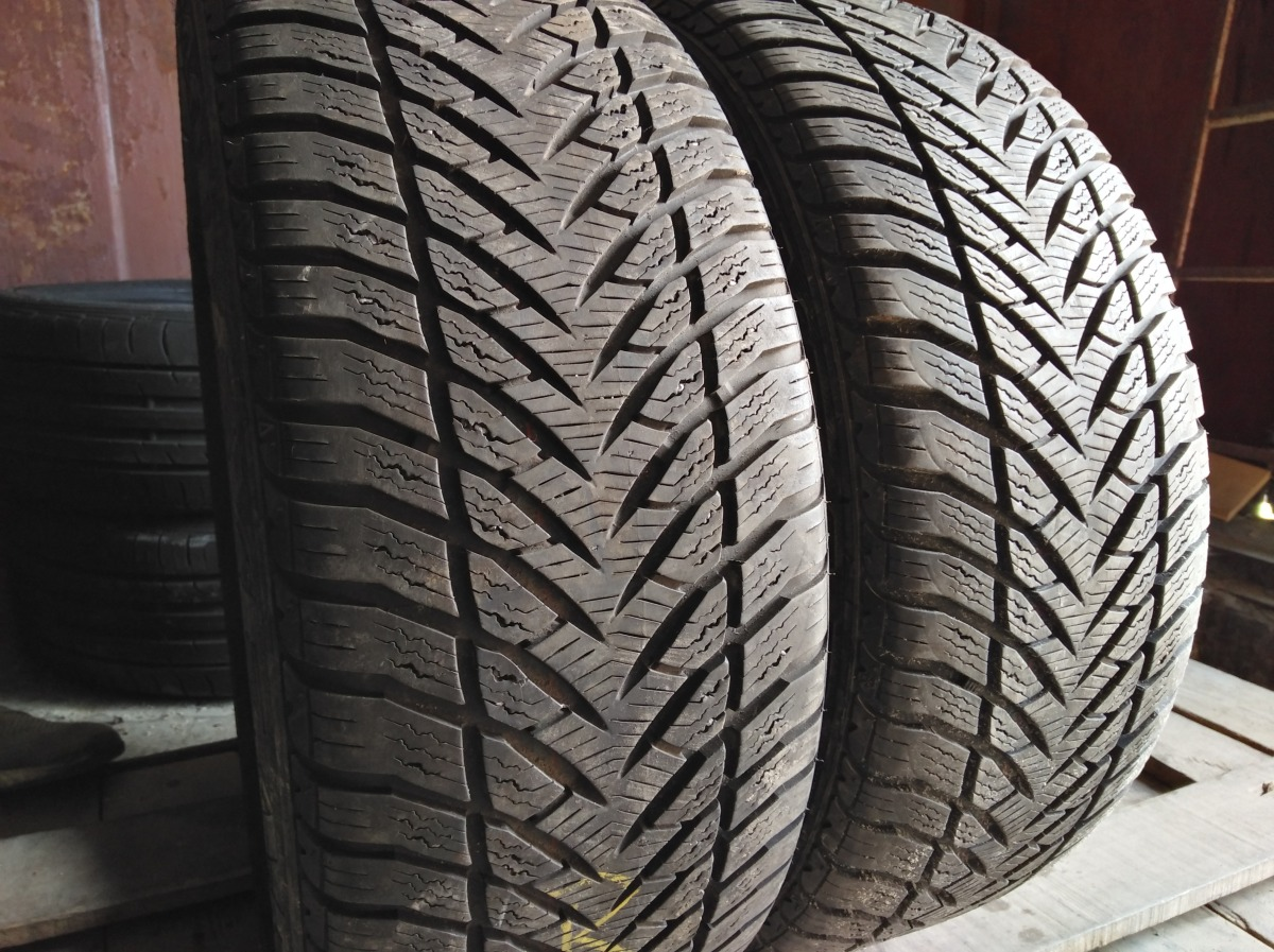 Good Year Eagle Ultra Grip 205/50R 16