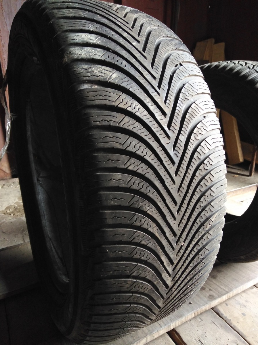Michelin Alpin 5 225/50R 17