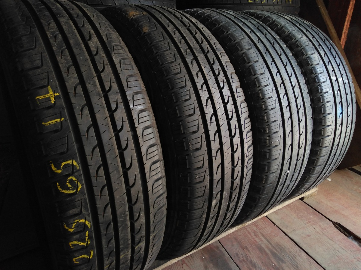 GoodYear Efficienf Grip Suv 4x4 225/65R 17
