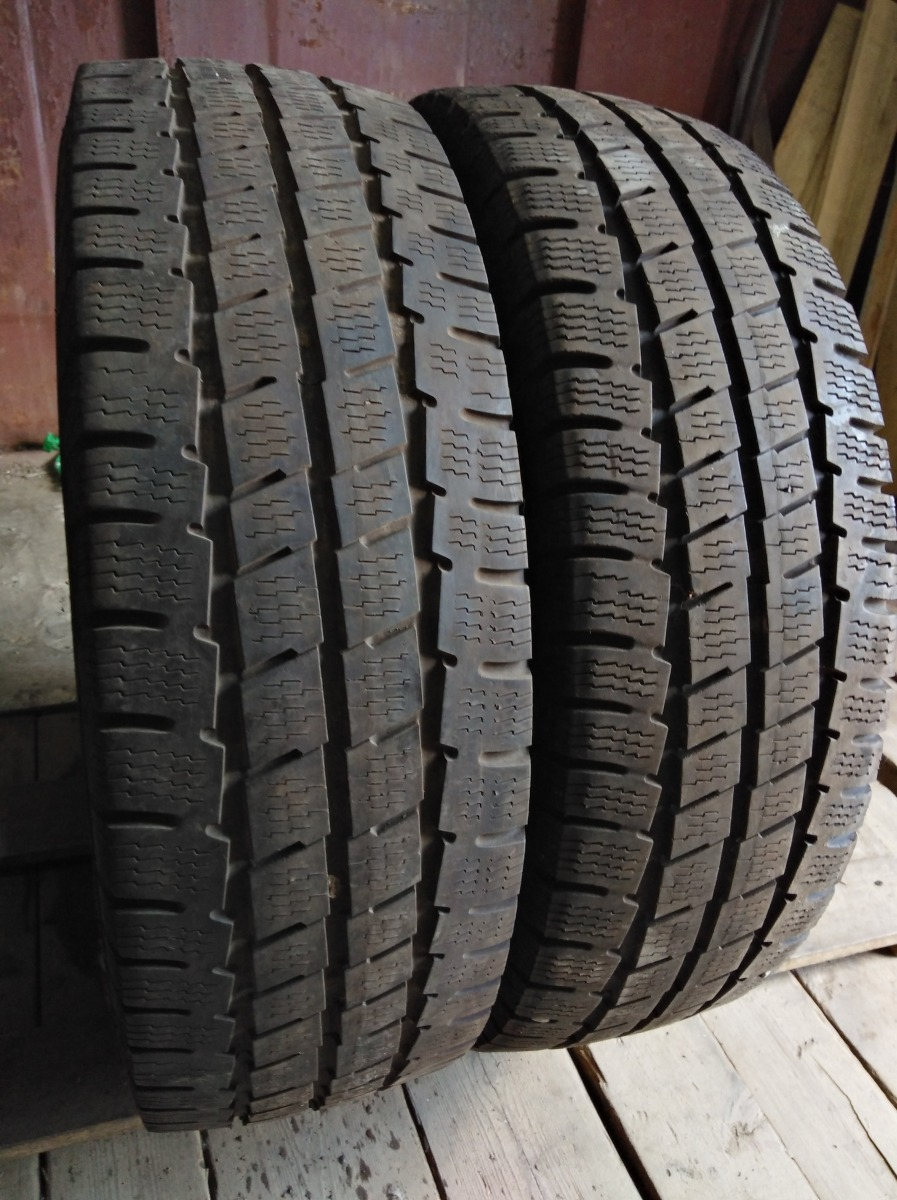 Point S Winter Star 3 205/75R 16C