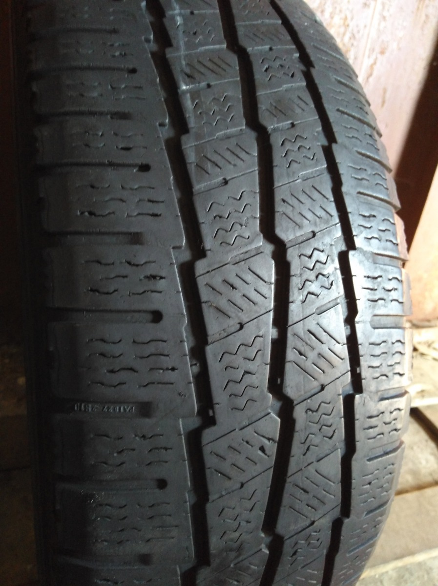 Michelin Agilis Alpin 225/70R 15C