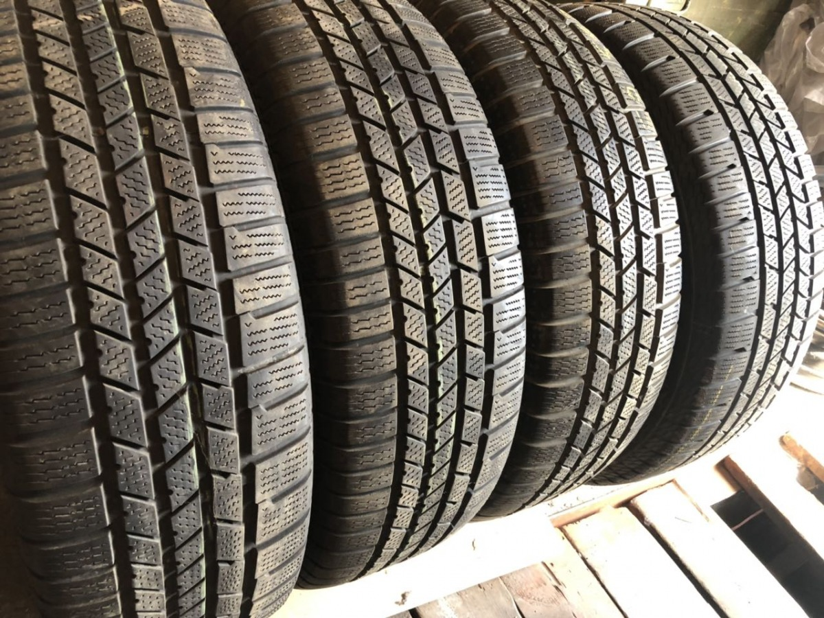 Continental CrossContact Winter 235/65R 18