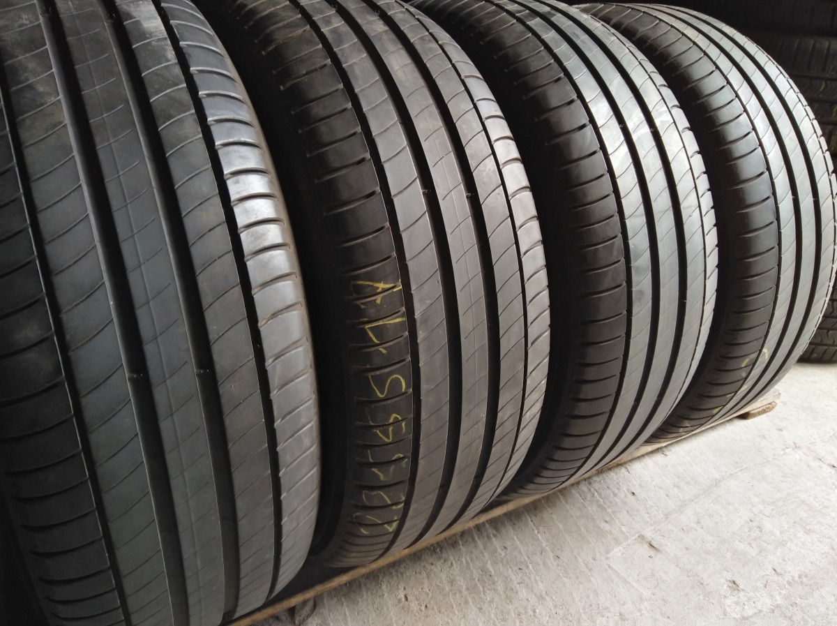 Michelin Primacy 3. 225/55R 17